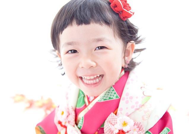 七五三 笑顔の子供