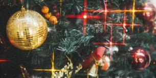 クリスマスツリーのネオン